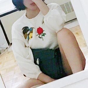 embroiled bird rose sweater half sleeve